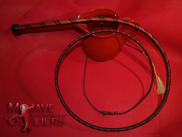Bullwhip 8ft 24 plait black roan red
