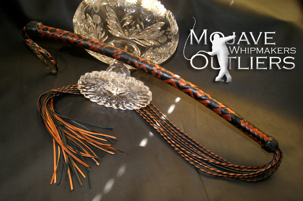 Mojave Outliers Whipmakers 16 plait spiral black & whiskey cat