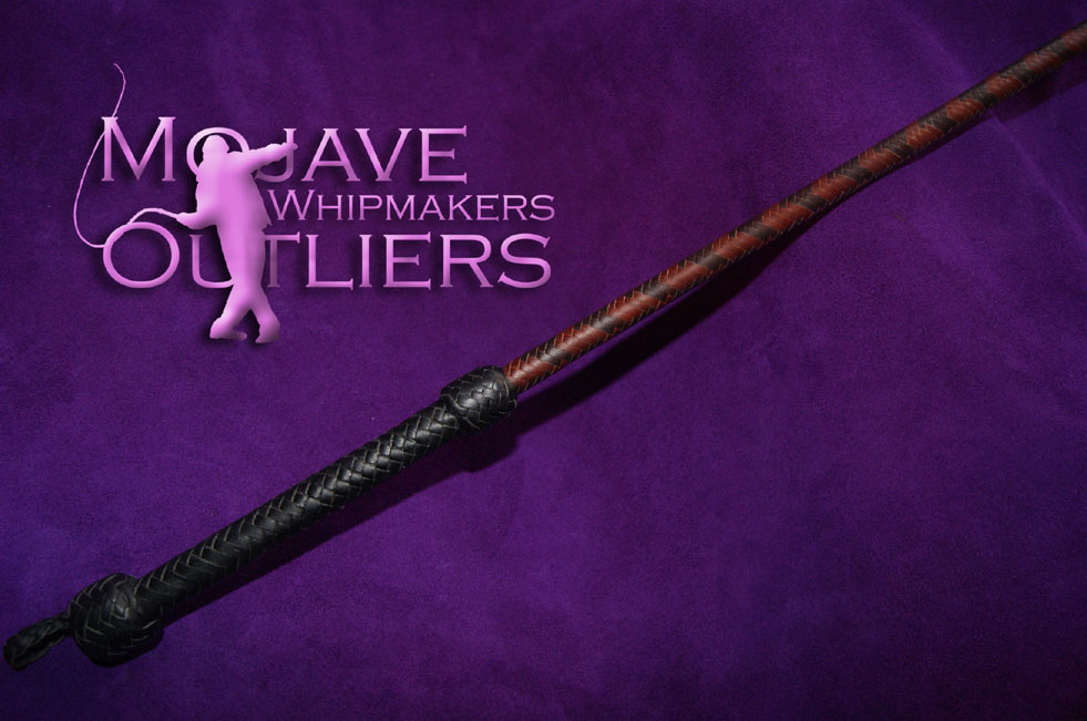 Kangaroo leather riding crop in brandy and whiskey handle detail
